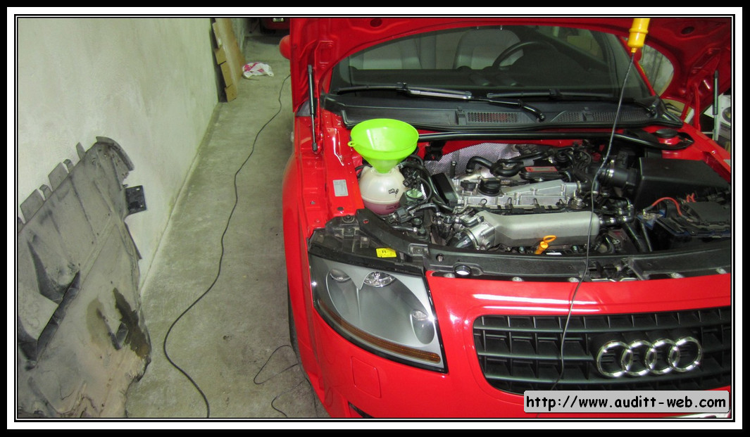 2008 audi tt temperature sensor how to change
